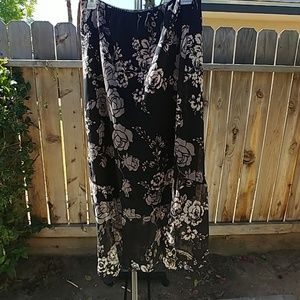 Black/cream skirt